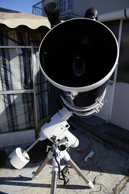 astronomie ciel nuit astro photo télescope skywatcher newton 254/1200mm 254 mm 1200 NEQ6 NEQ EQ 6 blanche white black diamond noir