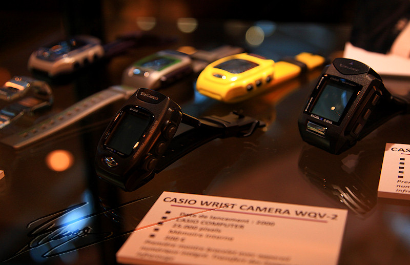 reportage paris 26h salon photo porte de versaille Appareil photo montre Casio Wrist